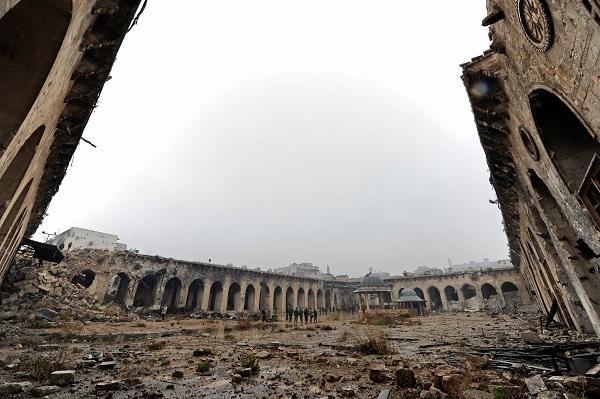 ההרס וההשמדה בסוריה מדגימים היטב לאן עלול העולם כולו להידרדר(צילום: רויטרס)