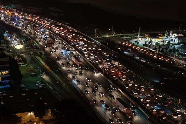 """""""אחת הסיבות העיקריות לקטל היומיומי בכבישים היא ההתנהלות האגרסיבית וחסרת הסבלנות של החברה הישראלית"""""""