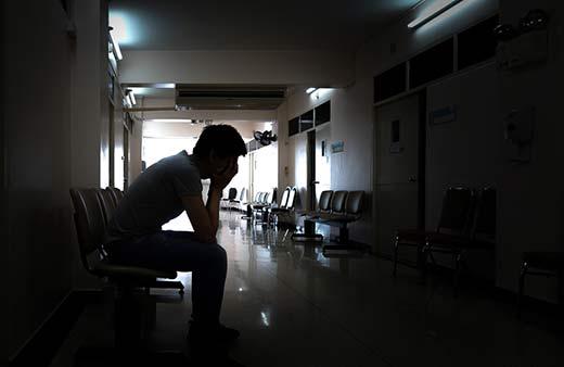 самоубийства молодежи